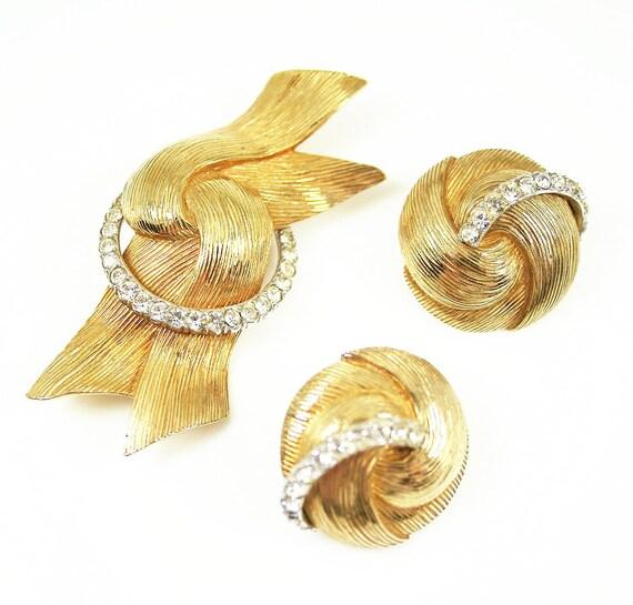 Vintage Castlecliff Mod Rhinestone Gold Tone 1960s Brooch Earrings Set