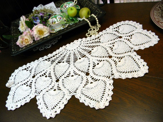armchair crocheted doily pineapple pattern white back only