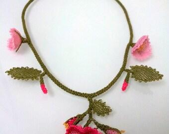 Pink Flowers Necklace, Crochet Necklace, Crochet Flower Necklace, Fuchsia Pink Necklace, Statement Necklace, Floral Necklace