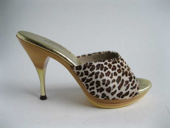 Vintage 1950s Leopard Polly Shoes Summer Fashions Size 6.5