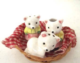 Vintage Bear Salt and Pepper Shakers and Toothpick Holder Set in Basket