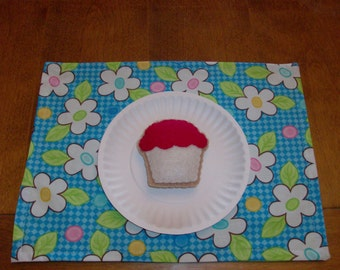 Felt Food Cookie, Vanilla Cupcake with Red Frosting