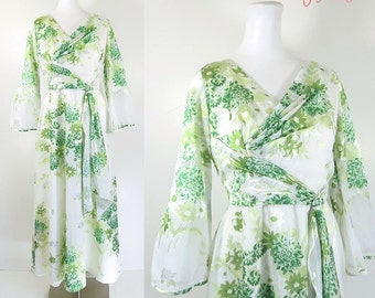 70s evening dress / 70s long formal dress / 70s white evening dress / green floral print dress / vintage garden party dress / David E Rea