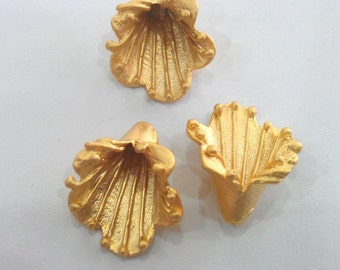 10 Pcs  Gold Plated Brass Cone, Caps Findings    G9228