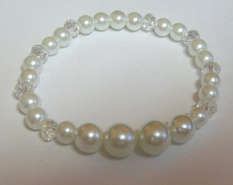 Pretty White Faux Pearl Bracelet with White Crystals ... Glass Pearl Jewelry ... Stretchy Bracelet