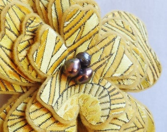 Brocade Flower Brooch in Goldenrod
