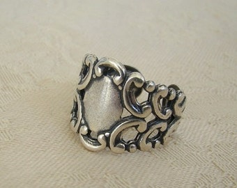 Antique Silver Ring Bridesmaid Wife Anniversary Daughter Sister Mom Adjustable Birthday Friend - Miriam