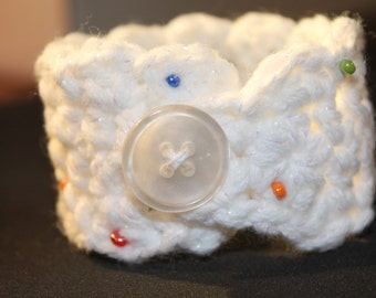 Crocheted bracelet-button closure-cotton blend yarn