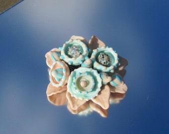 SALE Artisan handmade lampwork glass brooch - Peach dream