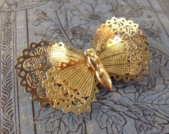 Vintage Butterfly Pin Brooch Lacy Gold Tone Wings * epsteam vestiesteam thebestvintage