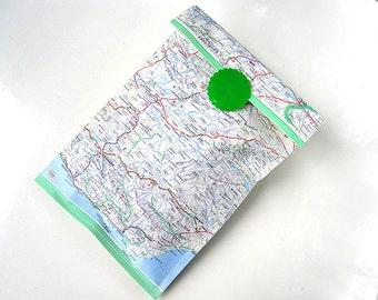 Gift bags world atlas map set 3 paper bags upcycling vintage paper by renna deluxe