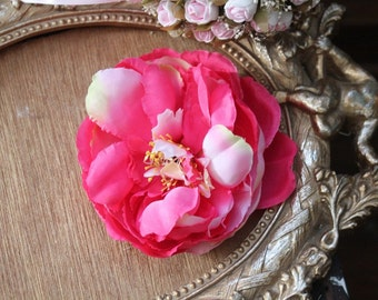 Pink  color  silk   flower  with clip  back 1 piece listing big size
