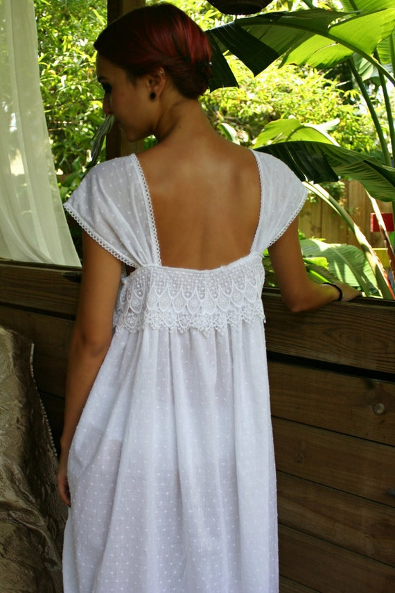 White Cotton nightgown, womens, plus size, Girls, cotton gowns, Nightgowns, Night Gown, Long Gown, Robes, Pajamas, Sleepwear, Lawn Gown, Cotton White Gown.