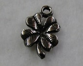 Four Leaf Clover - Wedding Cake Pull Charm - Build your own set