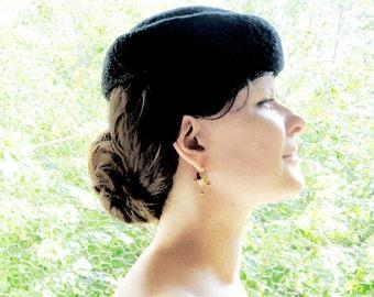 vintage 1950s Hat / black felted fur Made in Denmark by Sito Den Forste med det  Siste 50s pillbox hat