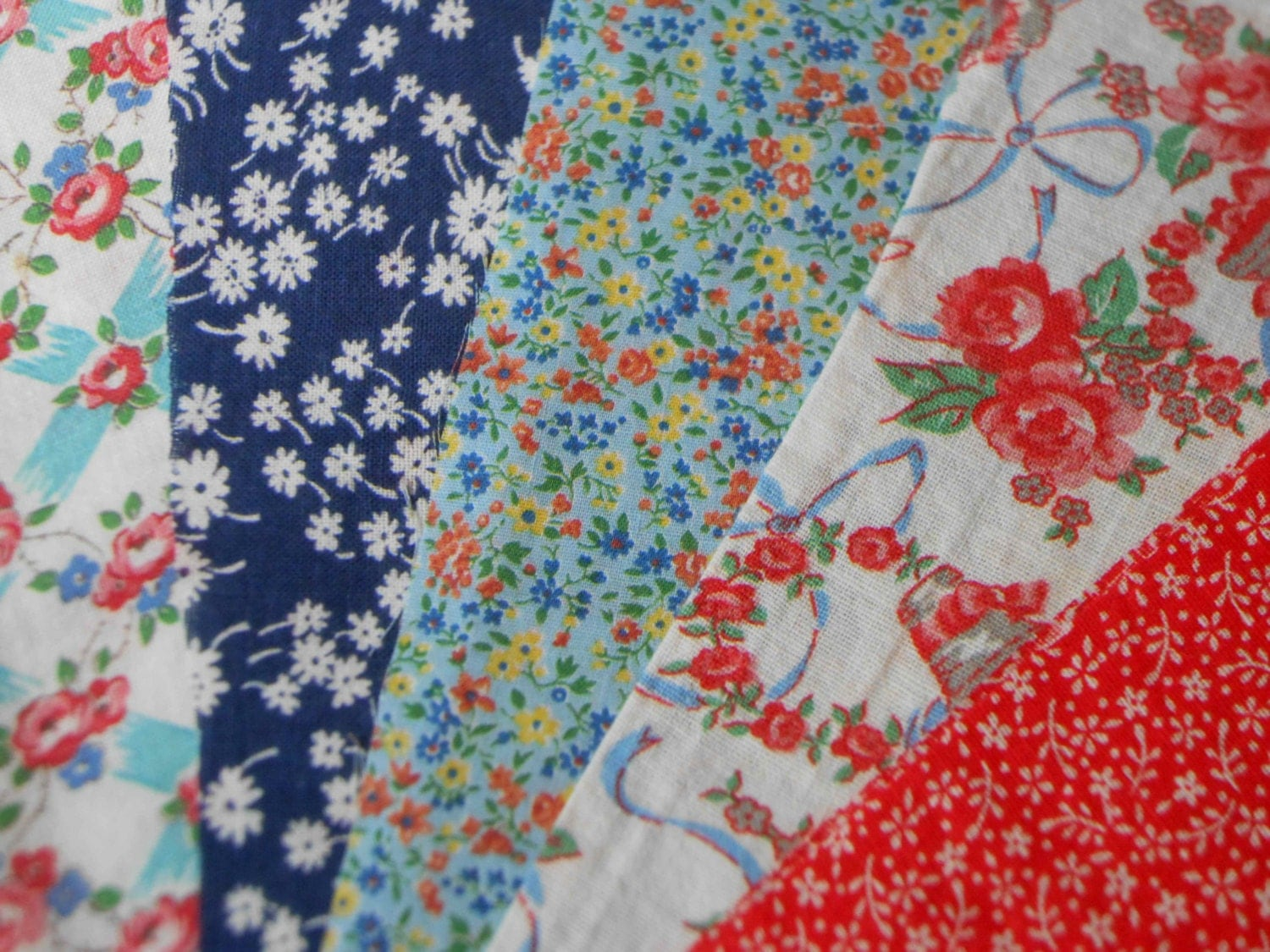 Vintage feed sack and calico fabric lot for Vintage fabric