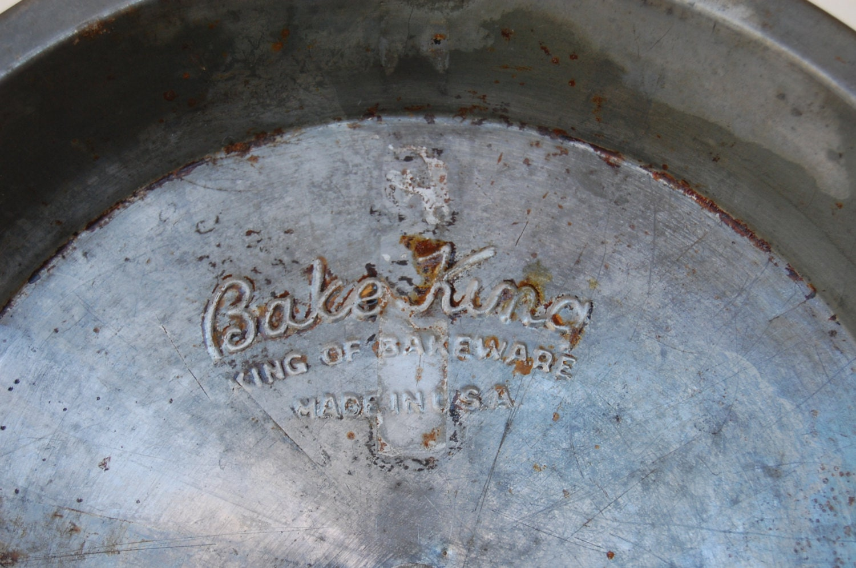 Set Of 2 Vintage Bake King Pie Pans 9 Inch Metal Pie Pans With