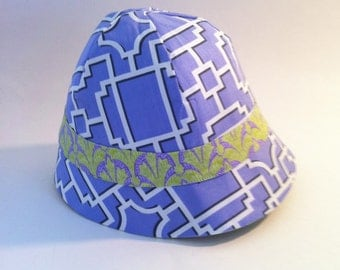 Reversible Cloche Sun Hat in lavender and green