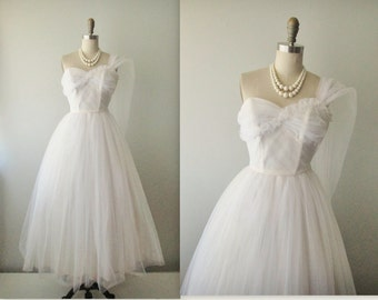 50s Wedding Dress // Vintage 50s Strapless White Tulle Wedding Dress Gown XS