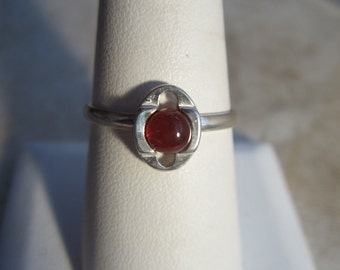 Simple vintage amber ring