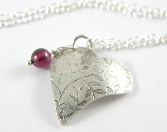 Silver Heart Necklace Romantic Gift For Her, Floral Sterling Silver Necklace with Garnet Gemstone, Heart Jewelry, Silver Heart Pendant