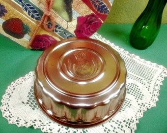 Vintage Jello Mold, Welcome Pineapple Jello Mold, Large Size Mold, Serving Ware