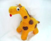 Joee the giraffe (with a mullet)