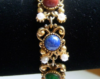 Florenza Cabochon and Pearl Bracelet