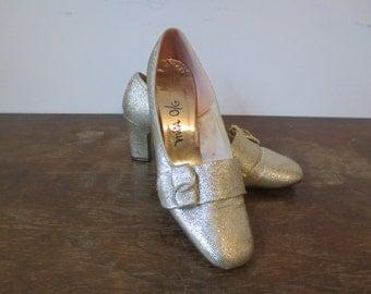 50s Metallic Gold Heels, 6B