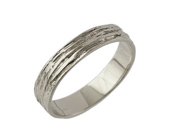 Mens Wood Grain Wedding Band in White Gold