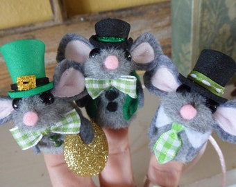 St. Patrick's Day Mouse Gents /Finger Puppets