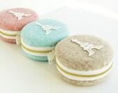 Macaron purse/Woollen fabrics/macaron coin purse/ Eiffel Tower Paris/macaroon box or Jewelry pouch/Romantic box-MWE801