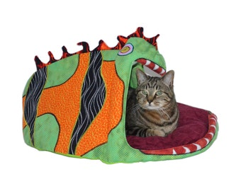This is not your ordinary Pet Bed  small dogs, cats up to 15lb - larger sizes available cat condo - dog bed - cat bed