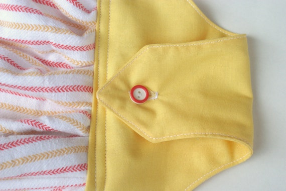 Kitchen Towel With Hanging Loop Red And Yellow And 2 Sly