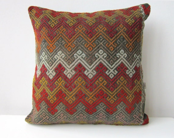 Handwoven Turkish Rug Pillow Cover Oriental by mothersatelier