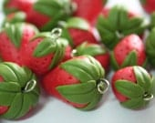 Miniature Polymer Clay Foods Supplies Strawberry for Beaded Jewelry Charm, 4 pcs