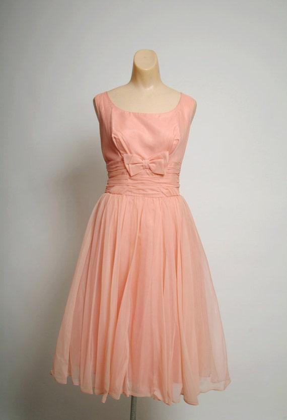 50s Peach Prom Dress / Vintage Full Skirt Formal Rockabilly