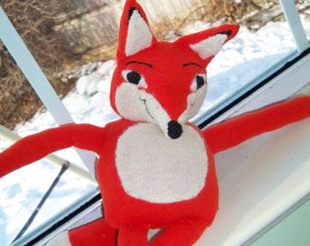 Mr Fox toy..What does the fox say? with bonus clothing