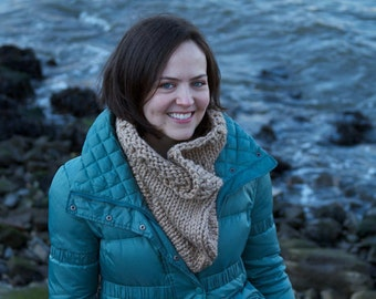 Knitting Pattern Cowl - Easy Intermediate