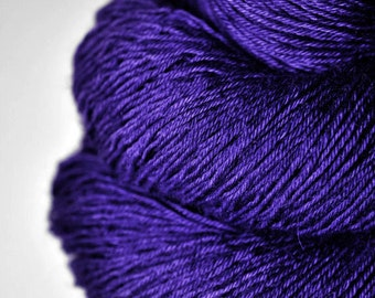 Memory of a dark tale - BFL Sock Yarn Superwash