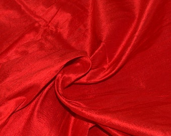 Silk dupioni in Scarlet Red- Fat Quarter - D 178