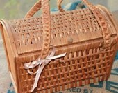Vintage Wicker Purse, Lunch Basket, Picnic Tote, Beach Bag