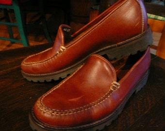 Beautiful Original Bass Leather Loafers .  women's size 7