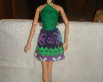 Purple & green patterned mini skirt and green top for Fashion Dolls - ed858