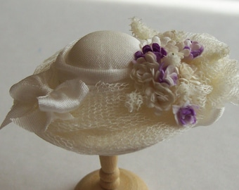 Pretty 1/12 scale handmade dollhouse miniature  silk hat