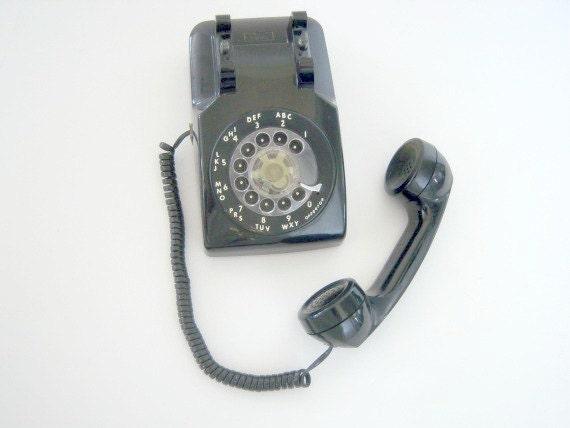 Vintage 1979 ITT Rotary Desk Telephone Black