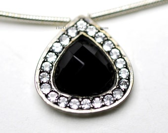 Stunning and Elegant Black Onyx Heart Pendant Inlaid with Pure White Topaz