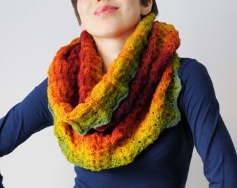 Wool lace knitted  super chunky cowl for woman, from kauni yarn. Rainbow. Handmade. Ready to ship.