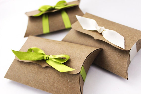 Kraft Pillow Boxes, 10 Medium Ribbon Tie, gift card holder - rustic jewelry packaging, unique DIY wedding favor candy box, product packaging