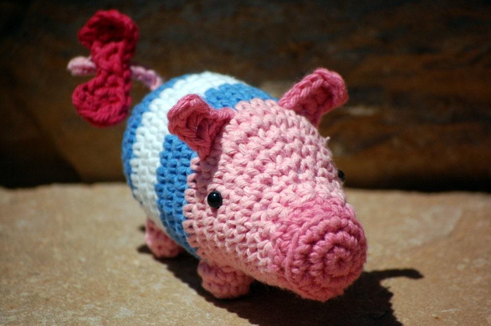 Amigurumi Poogie Monster Hunter mascot pig character in
